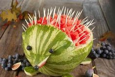 Ok this is just too cute - I must try to make this adorable watermelon hedgehog this summer