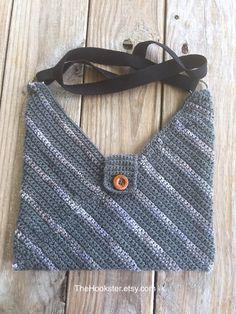 Medium Size Crochet Handag, Charcoal Handbag, Lined Handbag, Multicolor bag… Crochet Hobo Bag, Crochet Shoulder Bags, Crocheted Bags, Winter Accessories, Crochet Accessories, Fashion Accessories, Crochet Woman, Knit Crochet, Slouch Bags