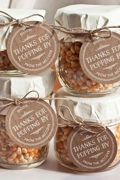 Keep big day costs under control with our budget wedding ideas and tips Wedding Favours Popcorn, Party Favors For Wedding, Fall Party Favors, Wedding Favours In Jars, Diy Anniversary Party Favors, Unique Party Favors, Wedding Favours Homemade, Halloween Wedding Favors, Fall Party Ideas