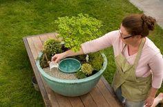 Beautiful diy fairy garden outdoor ideas (25)