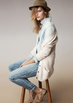 Love this outfit! Madewell denim. #denimmadewell