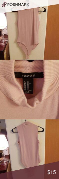 Forever21 bodysuit Blush color bodysuit Forever 21 Tops