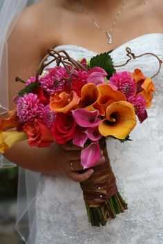 Summer Wedding Bouquets | Beautiful Bright Summer Wedding Bouquets | Weddingomania