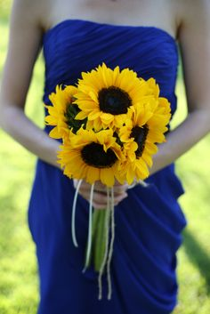 Sunflower bridesmaid bouquet tied with jute and ribbon. #wedding #bridesmaid #flowers #sunflower #bouquet