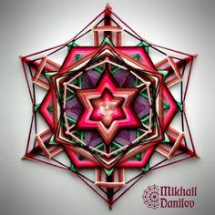 Thanksgiving Crafts and Ideas for Kids God's Eye Craft, Huichol Art, Circular Weaving, Dream Catcher Craft, Gods Eye, Thread Art, Magic Circle, Lucky Star, Craft Night