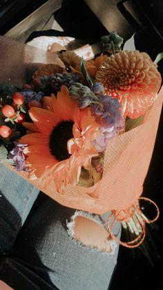 Fall Flowers, Beautiful Flowers, Wedding Flowers, Prettiest Flowers, Flower Phone Wallpaper, Rose Wallpaper, Artsy Photos, Creative Instagram Stories, Flower Aesthetic