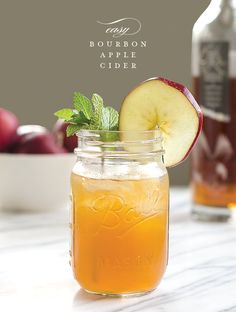 Easy Bourbon Apple Cider. The perfect cocktail for fall and winter seasons.