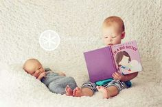newborn sibling photography this is the exact book we read to PJ. Foto Newborn, Newborn Poses, Newborn Shoot, Newborns, Funny Baby Photography, Sibling Photography, Children Photography, Photography Ideas, Photo Bb