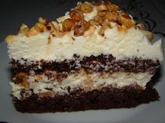 Prajitura cu nuca si caramel – Flori's Kitchen Hungarian Desserts, Romanian Desserts, Romanian Food, Top Recipes, Sweet Recipes, Cake Recipes, Cake Cookies, Cupcake Cakes, Good Food