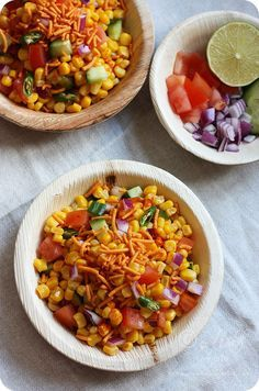 Learn how to make Spicy Corn Chaat or Spicy Corn Salad ~ Quick and simple healthy snack of sweet corn in a lime and chaat masala dressing . Chats Recipe, Sweet Corn Recipes, Indian Salads, Vegetarian Snacks, Vegan Food, Desi Food, Easy Healthy Recipes, Healthy Kids, Healthy Corn