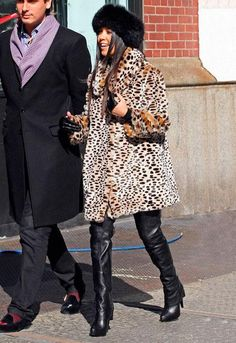 Kourtney Kardashian in a leopard fur coat #winter #coldweather #outfit #accessories #boots #shoes #hat #animalprint #prints #effortless #chic #onthego #errands #fashion #details #comfy