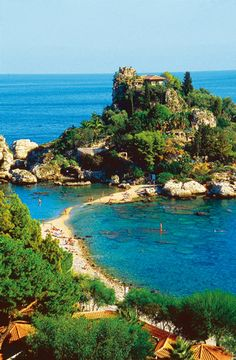 Taormina- Italy Sicily.. Think I'll load up with some books, some tasty Italian desserts, maybe a glass of wine, and relax here forever. #Taormina