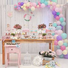 from - Festa Jardim para as irmãs Beatriz e Luisa Foto: DM Fotografia Dog Themed Parties, First Birthday Parties, Backdrop Decorations, Birthday Decorations, Flower Party Themes, Baby Event, Pastel Party, Disney Princess Birthday, Garden Birthday