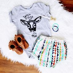 Like rug to add soft texture Baby Outfits, Cute Outfits For Kids, Baby Momma, My Baby Girl, Clothing Photography, Flat Lay Photography, Boho Baby, Comfortable Outfits, Kind Mode