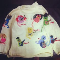 Feline Fashion from Taylor Swift Is Obsessed With Cats  Taylor shows off a customized cat sweater that was made for her by a fan.