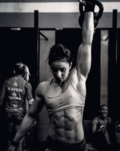 A picture of Camile Morales. This site is a community effort to recognize the hard work of female athletes, fitness models, and bodybuilders. Crossfit Photography, Fitness Photography, Muscle Fitness, Fitness Goals, Crossfit Girls, Fitness Inspiration Body, Fitness Photoshoot, Fitness Motivation Pictures, Muscular Women