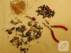 tulbent-ve-boncuklardan-kolye-yapimi-1 Brooch, Jewelry, Google, Jewlery, Jewerly, Brooches, Schmuck, Jewels, Jewelery