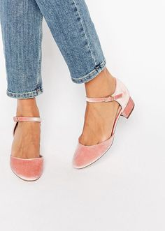 The Best Comfortable Heels—50 Pairs of Low Heels to Shop Now | StyleCaster