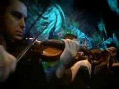 "Lenine performs the beautiful ""Paciência"" (Patience) from his ""Acústico MTV"" live album."
