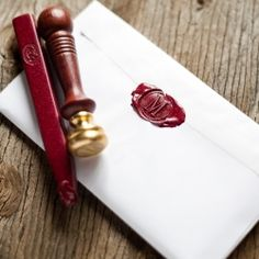 Add a little authenticity to your communication with handwritten letters...also find out how I seal my letters.