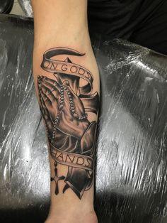 #tattoo #tatuagem #tatuagemmasculina Bible Tattoos, Dove Tattoos, Cool Arm Tattoos, Hand Tattoos For Guys, Forearm Tattoo Men, Leg Tattoos, Body Art Tattoos, Sleeve Tattoos, Indian Feather Tattoos