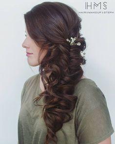 I love a good soft bridal braid. Formal Hairstyles, Easy Hairstyles, Girl Hairstyles, Wedding Hairstyles, Bridal Braids, Bridal Hair, Face Tips, Brunette Hair, Wedding Beauty