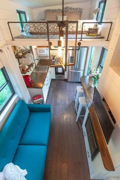 A Tiny House Without Sacrifices in Design Design Interior Small House Tiny House Trailer, Tiny House Plans, Tiny House On Wheels, Tyni House, Tiny House Living, Tiny House Closet, Sleeping Loft, Tiny House Design, Little Houses