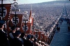 Fotografías a color de la popularidad de Hitler - Cultura Colectiva