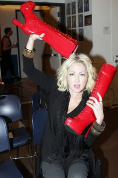 1000 images about kinky boots on pinterest harvey for Kinky boots cyndi lauper