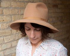 Vintage 70s Camel Wool Felt Wide Brim Hat by lastprizevintage