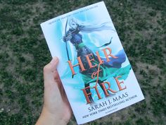 Heir of Fire ♡ ♡ My new baby~  The first book that I received this 2017! https://www.instagram.com/p/BPtQlKZgCn4/