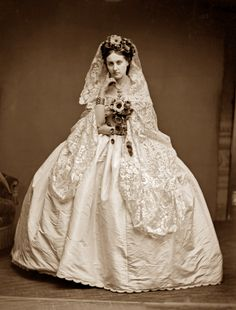 Pierre-Louis Pierson, The Countess of Castiglione, c. Metropolitan Museum of Art Vintage Photos Women, Photos Of Women, Vintage Ladies, Vintage Images, Star Photography, Vintage Photography, Victorian Photography, Historical Costume, Historical Clothing