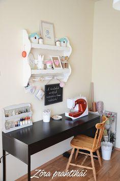 Zóra praktikái blog Office Desk, Room, Furniture, Home Decor, Table Desk, Bedroom, Desk Office, Decoration Home, Desk