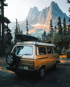 Travel the world while learning from your favorite topic expert. Find your next adventure with TrovaTrip. Vw T3 Syncro, T3 Vw, Volkswagen Bus, Oh The Places You'll Go, Places To Travel, Travel Destinations, Vans, Adventure Awaits, Adventure Travel