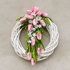 Veniec s ružovými tulipánmi / Hydrangea - SAShE. Front Entrances, Hydrangea, Floral Wreath, Wreaths, Plants, Summer, Home Decor, Manualidades, Floral Crown