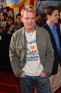 HOT Celebrity pics and photos, desktop wallpapers and celebrities gossip and screen savers and videos Celebrity Pics, Celebrity Gossip, Famous Guys, Famous People, Hottest Male Celebrities, Celebs, Gorgeous Men, Beautiful People, Anthony Michael Hall