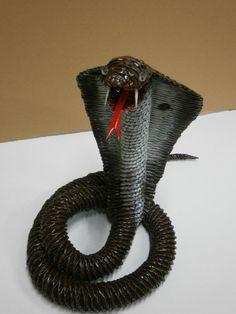 Kobra papierowa wiklina