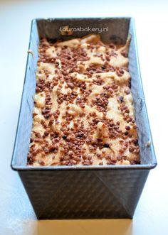 Appel-kaneel cake met noten
