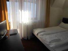Willa Halka pokoje gościnne w centrum Zakopane góry Tatry wakacje Curtains, Bed, Furniture, Home Decor, Blinds, Decoration Home, Room Decor, Home Furniture, Interior Design