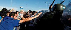 InfoNavWeb                       Informação, Notícias,Videos, Diversão, Games e Tecnologia.  : Argentina para em greve que aumenta pressão sobre ...