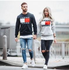 Tommy hilfiger / Tommy jeans sweater couple matching Tommy Hilfiger / Tommy Jeans Pullover Paar passend The post Tommy Hilfiger / Tommy Jeans Pullover Paar passend & Couple appeared first on Mode für männer . Matching Couple Outfits, Matching Couples, Stylish Men, Men Casual, Tommy Hilfiger Outfit, Tommy Hilfiger Sweater Men, Herren Outfit, Fashion Couple, Mens Clothing Styles