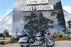 2015 Harley-Davidson® FLHTCU - Electra Glide® Ultra Classic® Stock: umgx | Wisconsin Harley-Davidson®