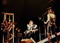 Kiss Pictures, Kiss Band, Ace Frehley, Hot Band, Gene Simmons, Classic Rock, Nfl Football, Demons, The Beatles