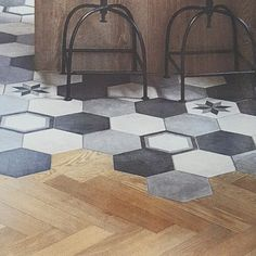Saw this gorgeous blend of hexagon tiles and wooden floorboards in the kitchen bathroom bedroom magazine. Such a great way to divide one large room but still have light shine straight through. You could create your own unique version with our stunning Rhombus tiles and wood effect tiles. #tiles #tilestyle #homeinspiration #homedecor