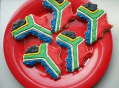images of south african flag with food South African Flag, South African Recipes, Cake Decorating Tips, Cookie Decorating, African Theme, African Cake, African Salad, Animal Party, Party Animals