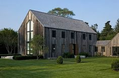 Top 10 Barn homes from cold climate highlands to warm winter prairies