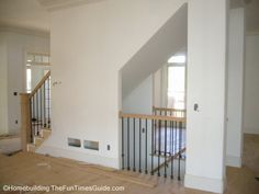 Open basement stairs in kitchen laundry rooms 66 ideas Treppe Open Basement Stairs, Stairs In Kitchen, Open Stairs, Flooring For Stairs, Basement Layout, Basement Ideas, Basement Apartment, Stair Walls, Basement House