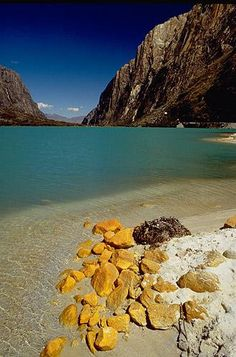 Laguna de Llanganuco, Ancash, Peru.  I've been here! Just as beautiful as the pic! I love being Peruvian <3