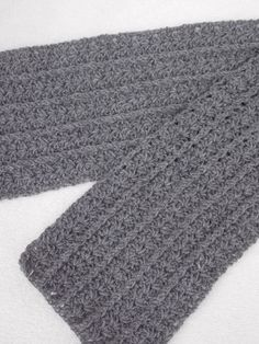 This is the Dutch translation of the crochet pattern Newsboy Ha that I made . Crochet Men, Crochet For Kids, Free Crochet, Crochet Scarves, Crochet Shawl, Vest Pattern, Free Pattern, News Boy Hat, Crochet Patterns