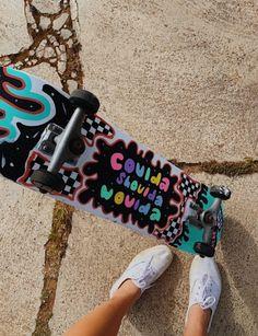 Painted Skateboard, Skateboard Deck Art, Penny Skateboard, Skateboard Pictures, Skateboard Design, Skateboard Girl, Custom Skateboards, Cool Skateboards, Longboard Design